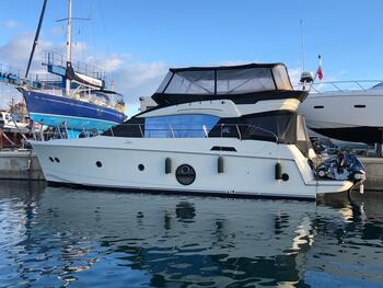 we are yacht brokers Barcelona