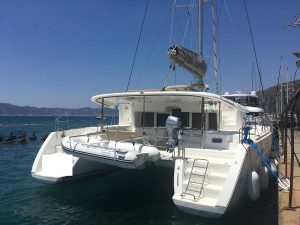 lagoon 450 f for sale 2012